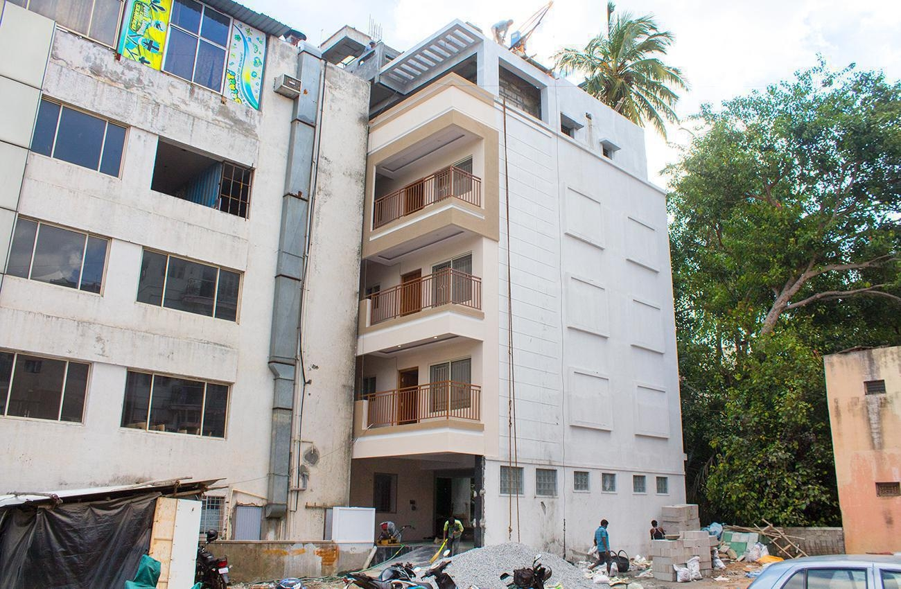 3 BHK Sharing Rooms for Women at ?9500 in Sivanchetti Gardens, Bangalore