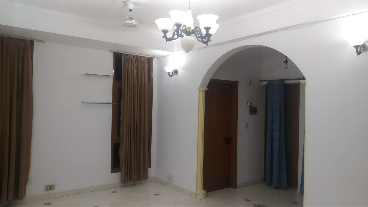 2 BHK Semi Furnished Flat for rent in Vaishali for ?16000, Ghaziabad
