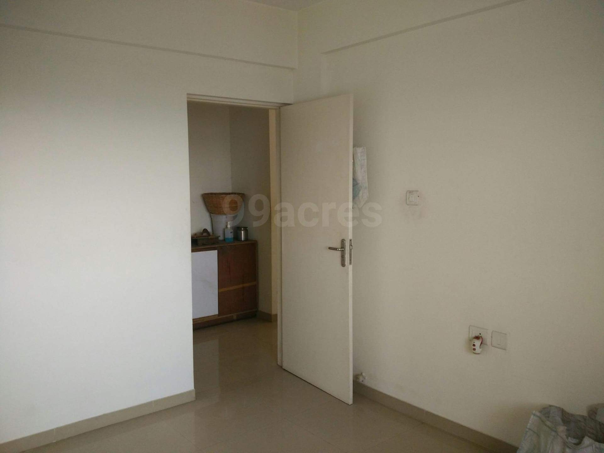 Immediate occupancy for Working couple or two female roommates for our Semi furnished 2bhk in