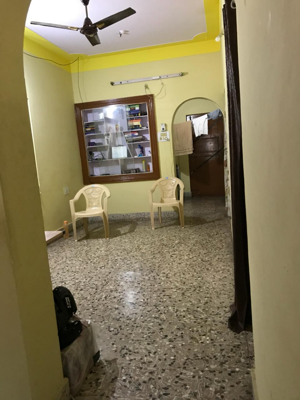 Room for rent INR 8000/- Urgent