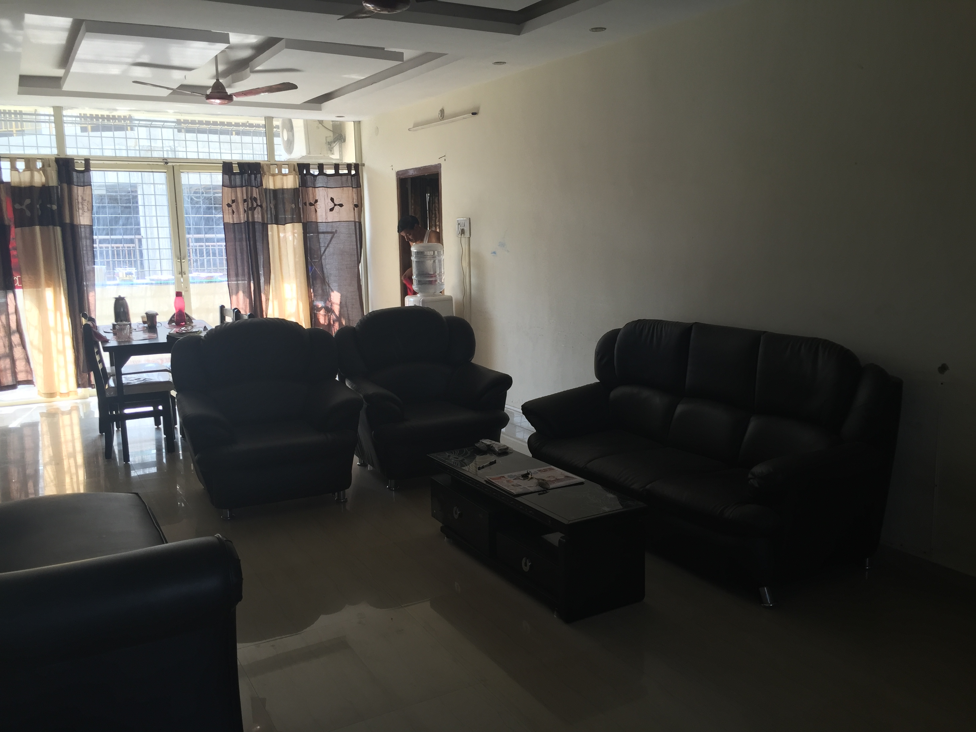 Looking for 1 roomie (Girl or Boy) to occupy 1 fully furnished Bedroom in a spacious 3 BHK apartment (Single Occupancy/Bedroom) for residence purpose at In Orbit Mall, Hi-Tech city. (Available From 14 April 2018) Room Details • For Single Occupancy/Bedroo