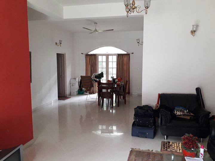 1 Room in 2 BHK